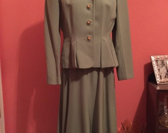 1950s Green Suit Jacket and Skirt Set