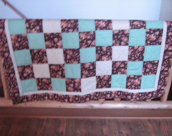 Rust Brown Leaves Throw Quilt