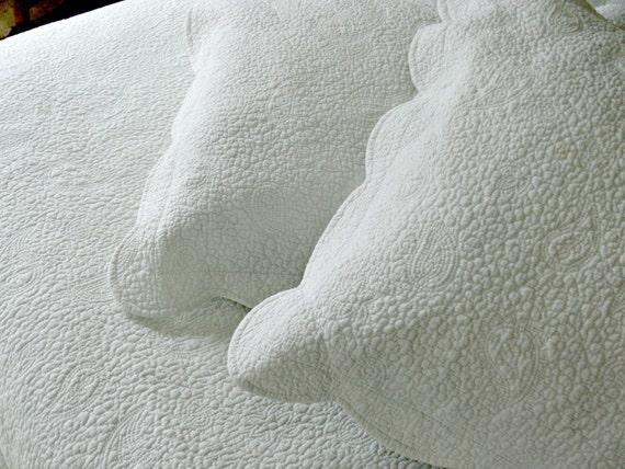 Matelasse Coverlet Amp Shams Queen Bedspread Vintage Bedding