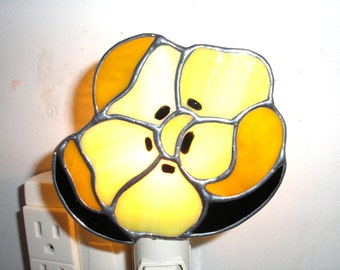 LT Stained glass yellow Poppy flower night light lamp made with light yellow opal glass and a different yellow streaked glass