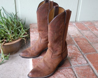 Vintage Womens 6m Durango Boots Western Shaft Stitch Southwestern Country Cowboy Cowgirl Moto Biker Hipster Pull On Tall Spring Fashion Boho