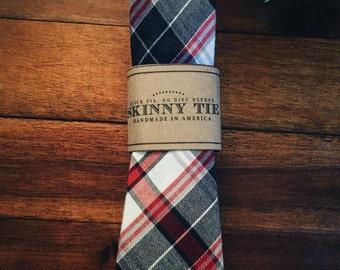Skinny Tie    Lewis