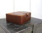 Vintage Leather Case Rustic Patina Worn Small Boxes Travel Manicure Wedding Ring Box Storage Jewelry Rummp Photo Prop