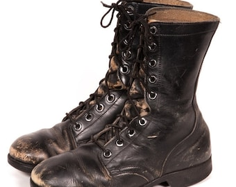 30% OFF Men's COMBAT BOOT Size 8 W
