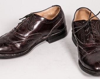 Maroon Wingtip Dress Shoes Men's Size 10 .5 D