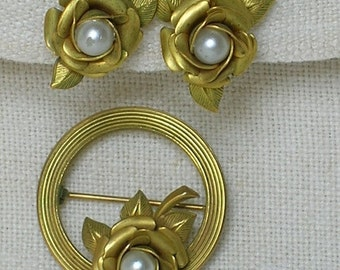 Mid Century Rose Earrings & Brooch Set. Matte Goldtone and Faux Pearl. 1940s, 1950s