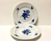 """Pair of Royal Copenhagen Blue Flowers Braided plates, 6 1/4"""" hand painted florals No 8092, backstamp date 1958"""