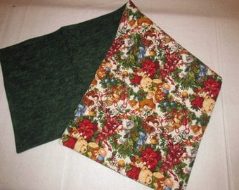 Handmade Quilted Table Runner Cats Kittens Christmas berries Holly teddy bears