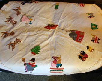 "74"" vintage White Felt Bucilla Finished Tree Skirt or Table Cloth Jeweled Appliques Santa Reindeer Tree  Snowman Angel Circus Train Clowns"