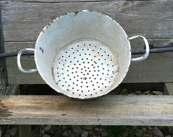 Vintage Enamelware Bowl Sifter Colander with Handles