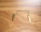 vintage sweater collar clip goldtone chain