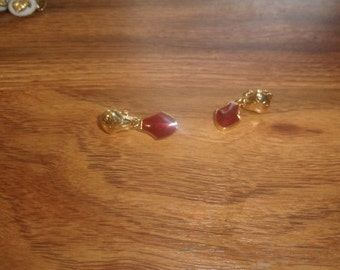 vintage clip on earrings goldtone red enamel dangles