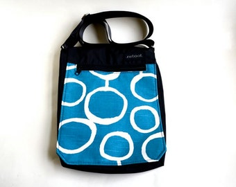 Medium Blue and White Vegan Shoulder Bag / Crossbody Bag / Nylon Purse with Magnetic Snap Closure / Abstract Geometric Print