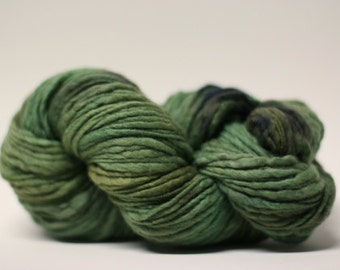 Thick and Thin Yarn Slub TTS Handdyed  Fine Merino 66tts12016 Camo Green