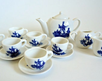 Delft Blue Children's Tea Set Vintage 16 Piece