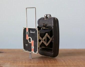 Vintage 1930s Univex Model AF-2 Subminiature Folding Vest Pocket Camera