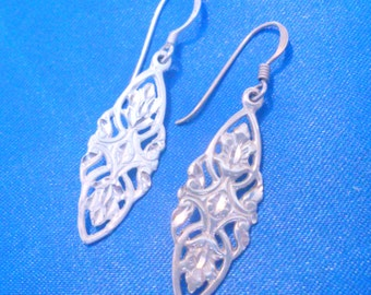 Vintage Sterling Silver 925 Filigree Drop Earrings