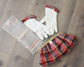 1950s Matching Clutch Purse and Junior Gloves Red Plaid White Aris Accessories Set Womens Vintage Bag