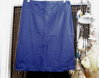 Deep Purple Cotton Skirt with 3 Front Padded Buttons and Back Zipper Closure, Vintage - Large