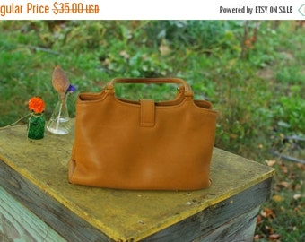 SALE Tan real leather handbag Vintage 60s womens bag