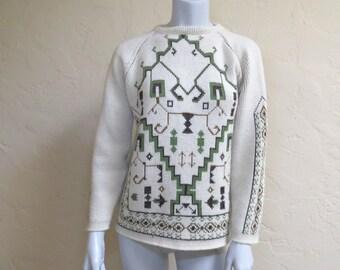 Vintage 1960s Mod Boho Folkloric Ski Sweater w Zip Neck