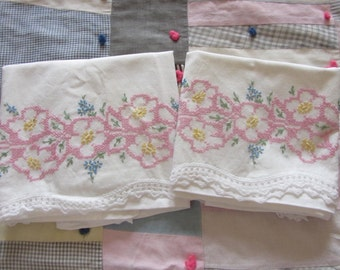 Pair Vintage Embroidered Pillowcases 2 White Cotton Pillowcase Pink Floral Embroidery