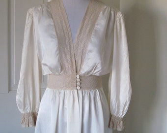1940's Vintage Dressing Gown/Ivory Silk Rayon with Antique Lace/Peignoir Long Gown/Vintage Lingerie by Radcliffe/Excellent Condition