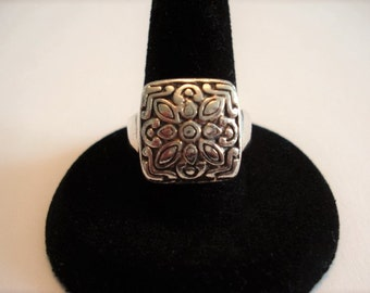 Old World Style Sterling Silver Embossed Vintage Ring, Size 7.5