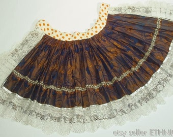 Vintage Czech folk costume apron from Moravia - old brocade fabric with cotton tulle lace trim | ethnic dress from 1940s | handmade fashion