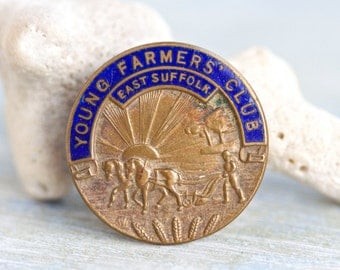 Young Farmer's Club - Membership Badge - Button Hole Enamel Badges - Fattorini Made in Engalnd