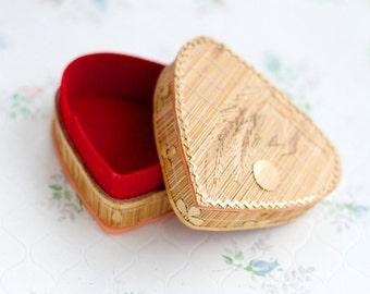 Heart Shaped Straw Box - Vintage Jewelry Box