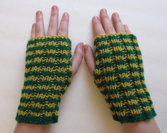Arm Sox - green and yellow - U of O - University of Oregon college - Oregon Ducks! - fingerless gloves, texting mittens, back to school