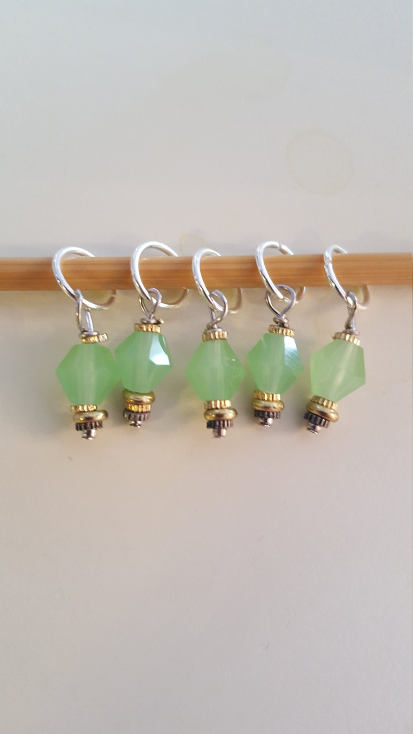 Knitting Markers Etsy : Green knitting stitch markers from evidentlymotley on etsy