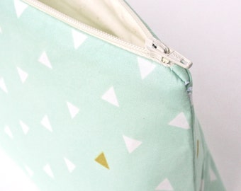 Mint and Gold Makeup Bag: The Arizona Mint Token Cosmetic Bag