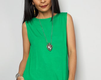 Green Top / Sleeveless Green T Shirt / Green Tank Top : Urban Chic Collection No.4