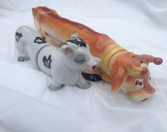 Vintage Ceramic BULL and COW Longboy / Long Boy Salt and Papper Shaker - Cow Collectable - Shaker Pair