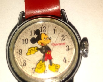 1950's Mickey Mouse Watch Ingersoll US Child Red Leather Band