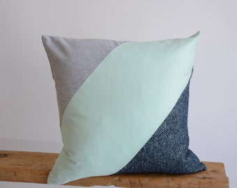 Navy Blue Agua Pillow/Stripe Pillow/Pillow Cover/Summer Pillow Cover/Triangle/Handmade/Eclectic/ZigZag Studio Design