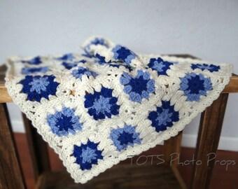 SALE Blue and Ivory Crochet Mini Blanket, Merino Wool Mat Newborn Photo Prop, Granny Square Baby Blanket, RTS