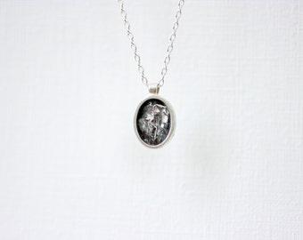 Mini Silver Oval Topography Necklace – Portrait