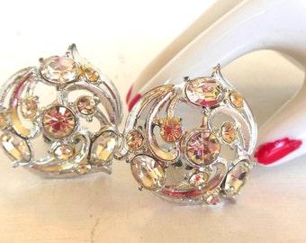 Vintage Clip Earrings Rhinestone Swirls Silver 50s (item 149)