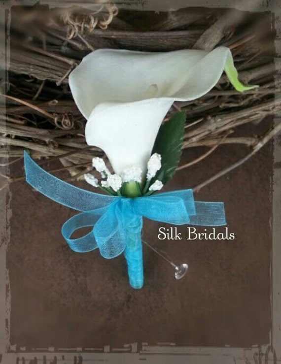 blanc calla lily fleur la boutonni re malibu bleu turquoises. Black Bedroom Furniture Sets. Home Design Ideas
