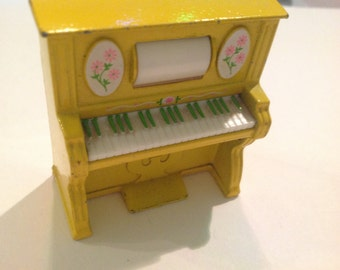 Vintage dollhouse miniature piano