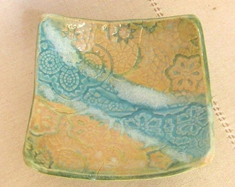 POTTERY SECOND, Stoneware Pottery Soap Dish with Lace Texture in Turquoise and Gold, Candleholder, Desert Dish, Condiment Server