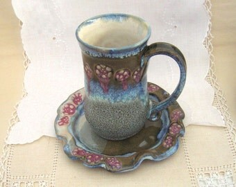 Pottery Coffee Mug or Tea Cup in Hand Thrown Stoneware with a Flower Textured Rim, Dinnerware, Dark Green, Ice Blue White, Rose Pink