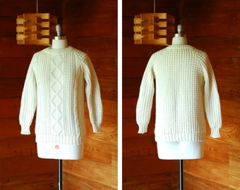 vintage white wool fisherman's sweater / size medium