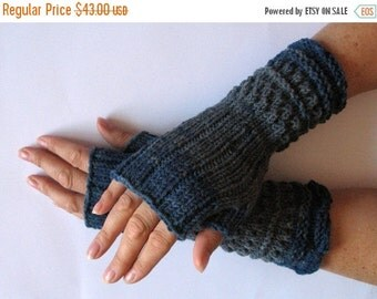 Fingerless Gloves Mittens wrist warmers Blue Black Gray Dove knit