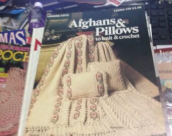 Afghans & pillows  Leisure Arts leaflet 149