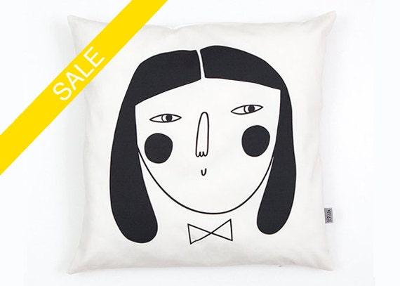 Woman Cushion Cover organic cotton twill