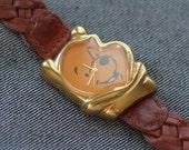 Vintage Winnie The Pooh quartz watch brown leather strap timex